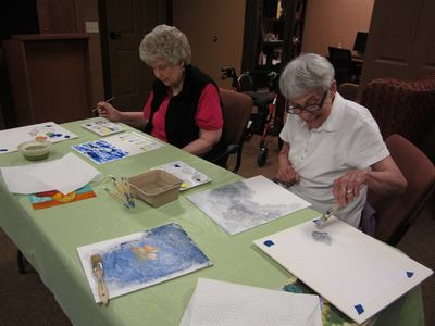Art class at Trails Of Orono
